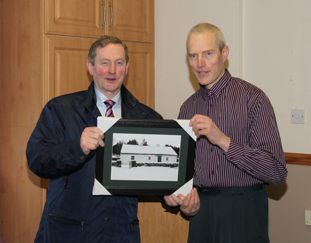 Liam Gallagher (Kiltyclogher Community Council) Presentation of picture of Sean Mac Diarmada's house to An Taoiseach Enda Kenny